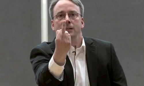 Linus Torvalds demoniza los discos duros: vivan las unidades SSD