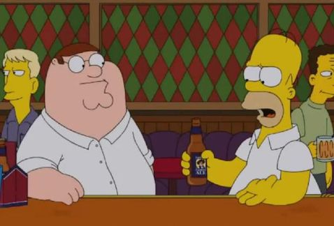Los_Simpson-Family_Guy-The_Simpsons_Guy-Comic_Con_MILIMA20140727_0174_11