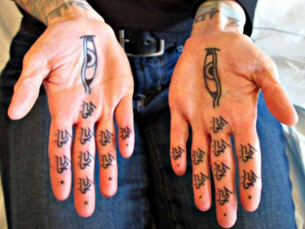 tatuajes-en-la-palma-de-la-mano-una-zona-dolorosa-2