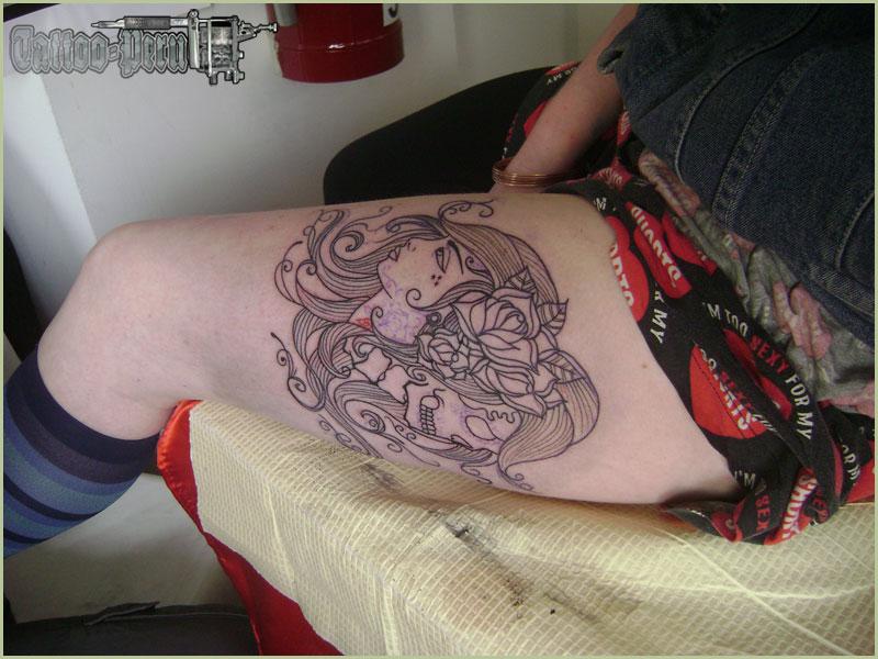 01_tatuaje_en_la_pierna