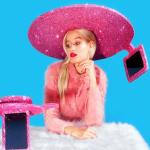 Fabrican sombrero para hacerse selfies