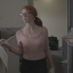 Limpiando una Oficina Llena de Zombies