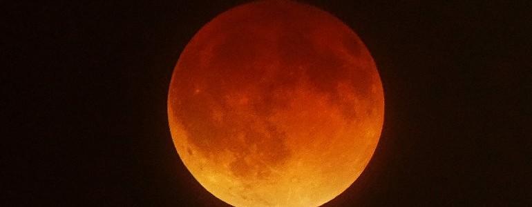 """En la madrugada del miércoles se producirá una nueva """"Luna Roja"""""""