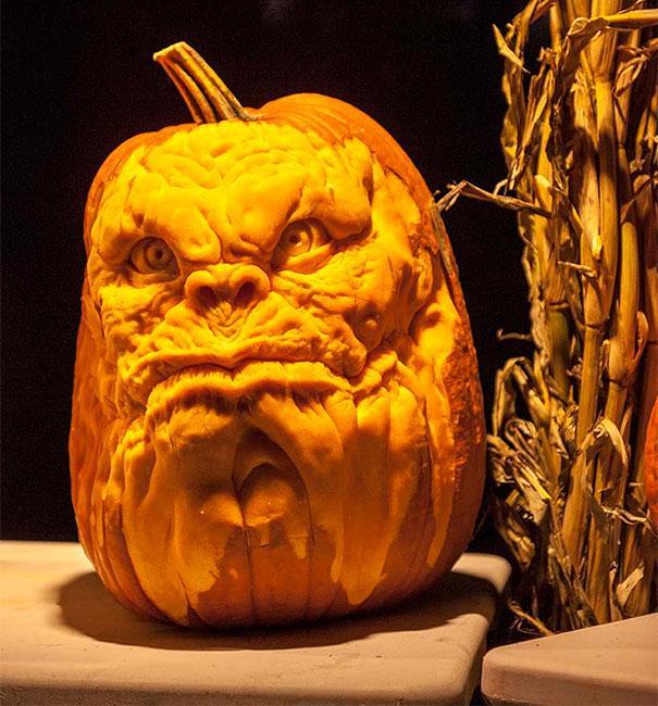 xcreepy-pumpkin-carvings-jon-neill-12.jpg.pagespeed.ic.xYgbxh7XCR