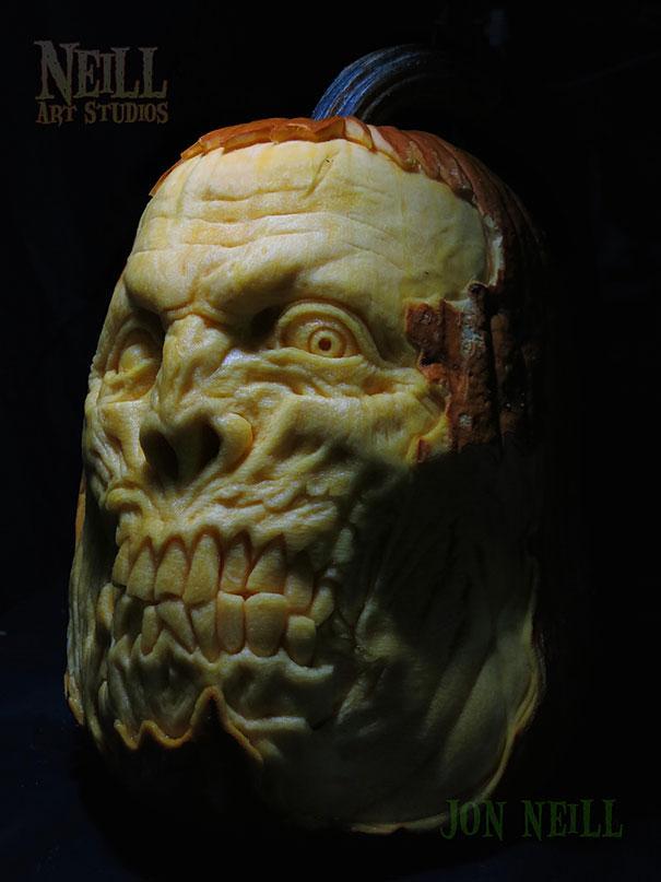 xcreepy-pumpkin-carvings-jon-neill-13.jpg.pagespeed.ic.-SF3K8rSQf
