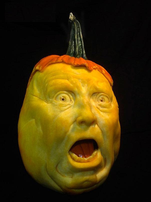 xcreepy-pumpkin-carvings-jon-neill-9.jpg.pagespeed.ic.foVT1YSUNQ