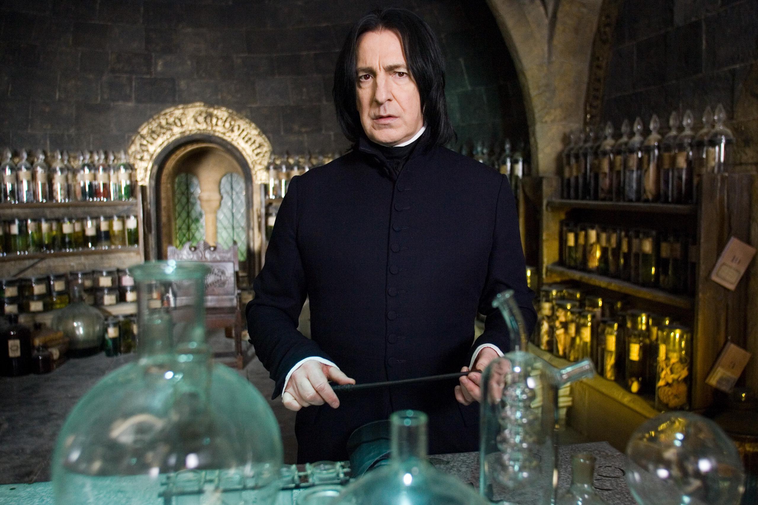 Severus-Snape-rip-severus-snape-13701628-2560-1707