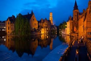 100520_brugge_belgium_rozenhoedkaai_pandreitje_canals_water_belfry_old_buildings_dusk_night_bruges_travel_photography_MG_2403