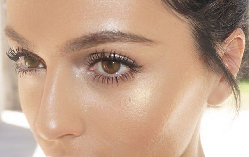 all-about-the-latest-beauty-trend-strobing-and-how-to-do-it